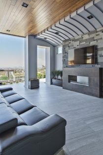 Las Vegas Residence Neolith Outdoor Fireplace, Flooring and Facade