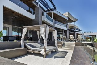 Las Vegas Residence Neolith Exterior Facade and Day Bed Area