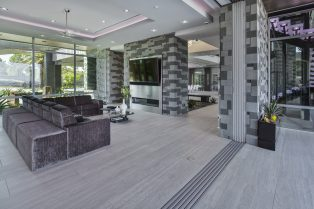 Las Vegas Residence Neolith Interior Fireplace, Wall Cladding and Flooring